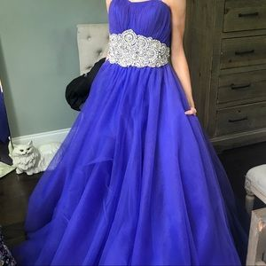 Jovani Size 2 Strapless Dress
